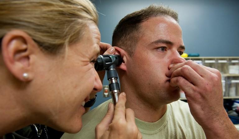 заложенность уха - диагностика